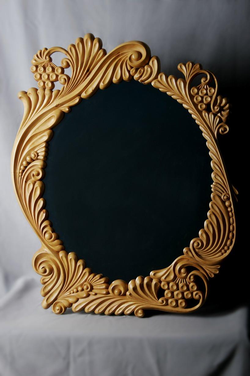 Резная рама для зеркала